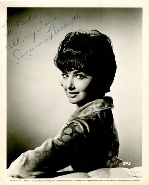 Autographed Photo of Suzanne Pleshette